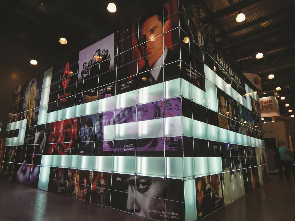 Glass Shed Exhibition Stand Design : Innovative glass exhibition system stands