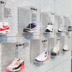 Glass exhibition stand shelves - Nike
