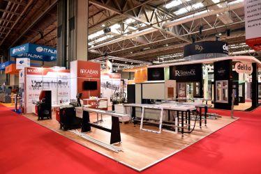 14m x 10m Linx modular exhibition stand - Kaban