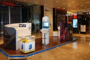 Shopping centre display - Rosetta Stone